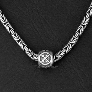 шарм крест мары из серебра