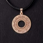 Рунический круг из золота