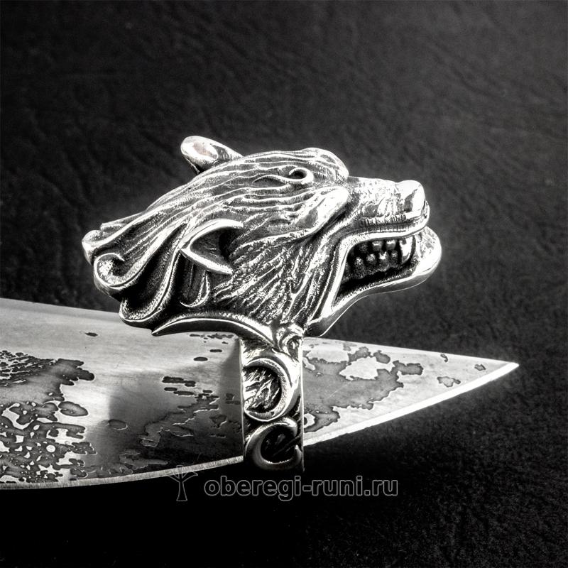 Кольцо с волком из серебра и золота