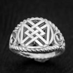 кольцо руны из серебра